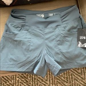 Mountain Hardwear size small Dynama short